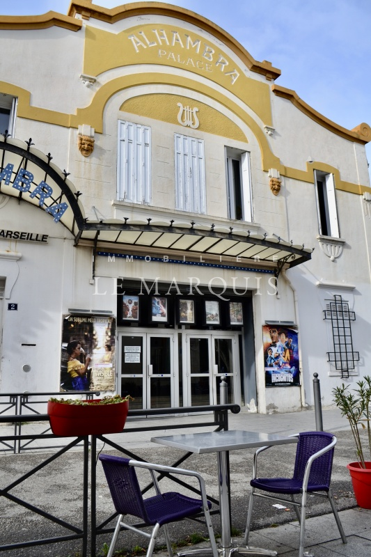 Proximité de l'un des plus anciens cinéma de Marseille, classé art et essai
